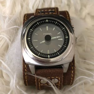 FOSSIL Men's Vintage 90s Brown Leather Cuff Watch
